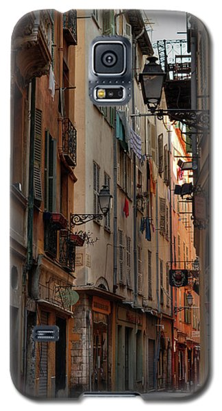 Galaxy S5 Case featuring the photograph Old Nice - Vieille Ville 005 by Lance Vaughn