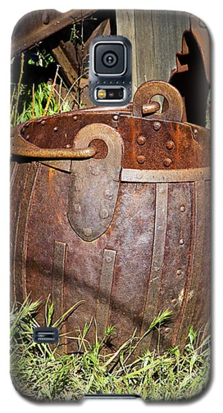 Old Ore Bucket Galaxy S5 Case by Phyllis Denton