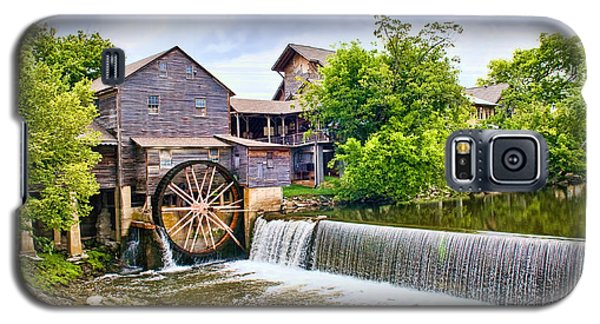 Old Pigeon Forge Mill Galaxy S5 Case