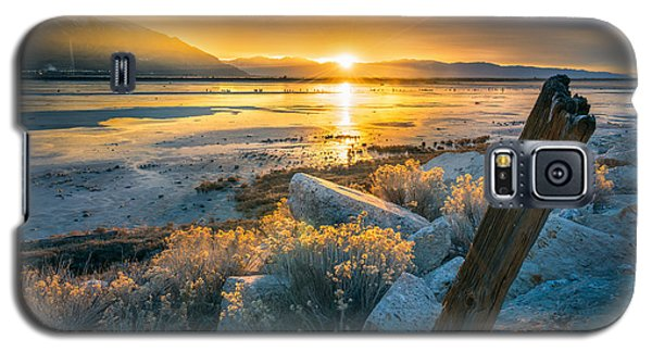 City Sunset Galaxy S5 Case - Old Post At The Great Salt Lake by James Udall