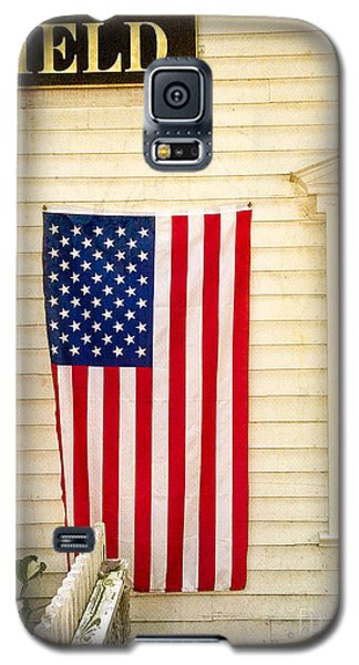 Galaxy S5 Case featuring the photograph Old Rugged Field Flag by Craig J Satterlee