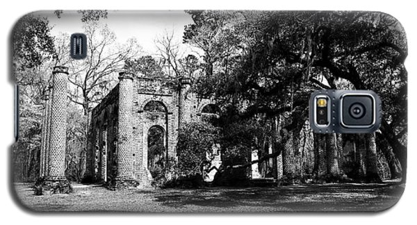 Galaxy S5 Case featuring the photograph Old Sheldon Church  by Gary Wightman