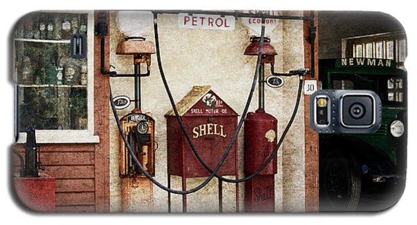 Old Time Gas Station Galaxy S5 Case