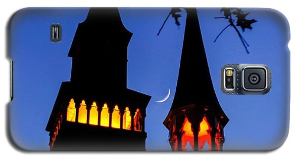 Old Town Hall Crescent Moon Galaxy S5 Case