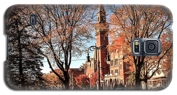 Old Town Hall In The Fall Galaxy S5 Case
