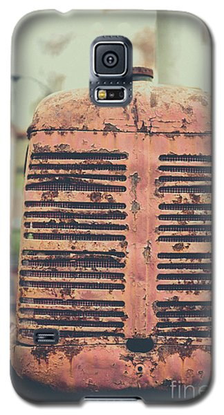 Galaxy S5 Case featuring the photograph Old Tractor Vintage Look by Edward Fielding