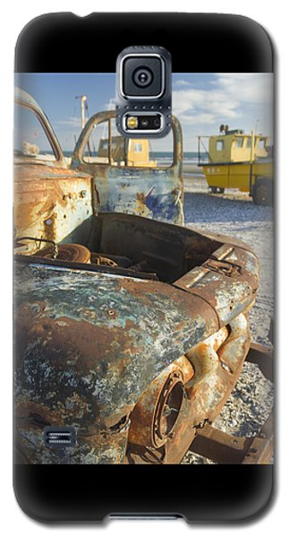 Old Truck In The Beach Galaxy S5 Case