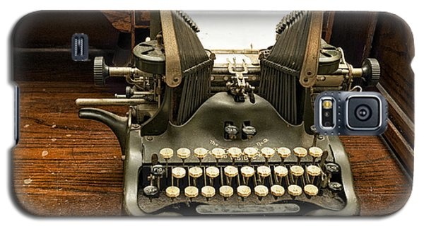 Galaxy S5 Case featuring the photograph Old Typewriter by Linda Constant