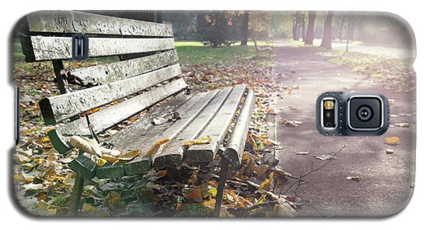 Rustic Wooden Bench During Late Autumn Season On Bright Day Galaxy S5 Case