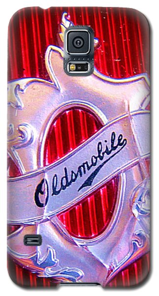 Oldsmobile Emblem. Galaxy S5 Case by John King