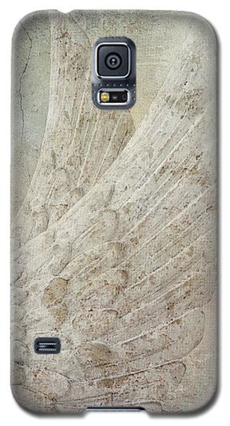 On Angels Wings Galaxy S5 Case