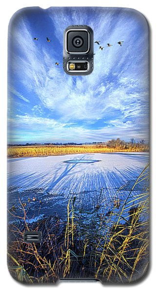 Galaxy S5 Case featuring the photograph On Frozen Pond by Phil Koch