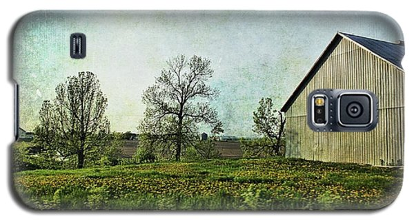 Galaxy S5 Case featuring the photograph On The Road Again - Ml03 by Aimelle