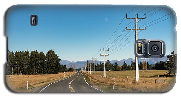 Galaxy S5 Case featuring the photograph On The Road by Gary Eason