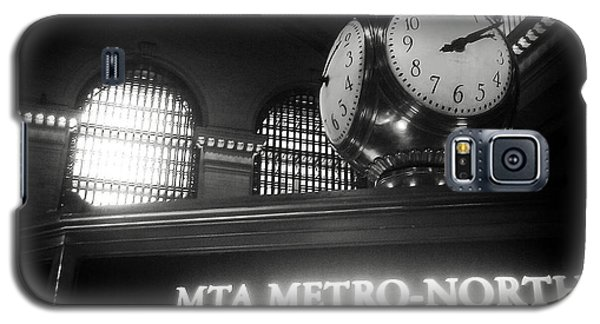 Galaxy S5 Case featuring the photograph On Time At Grand Central Station by James Aiken