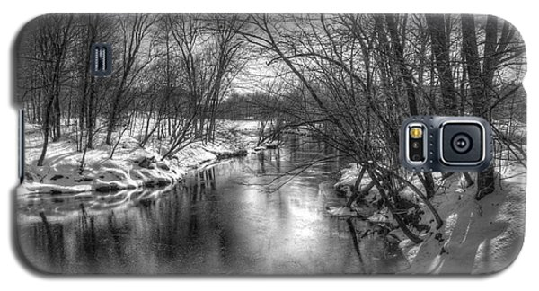 Galaxy S5 Case featuring the photograph Open River by Betsy Zimmerli