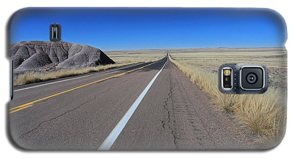 Galaxy S5 Case featuring the photograph Open Road by Gary Kaylor