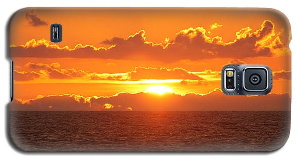 Orange Skies At Dawn Galaxy S5 Case by Robert Banach