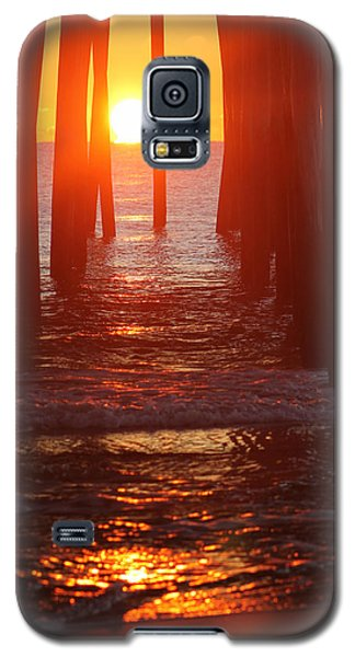 Orb On The Water Galaxy S5 Case