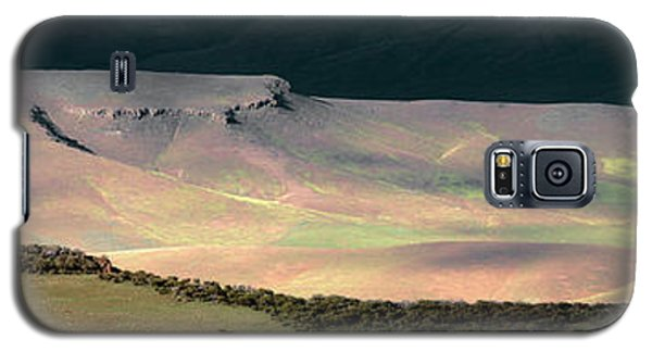 Galaxy S5 Case featuring the photograph Oregon Canyon Mountain Layers by Leland D Howard