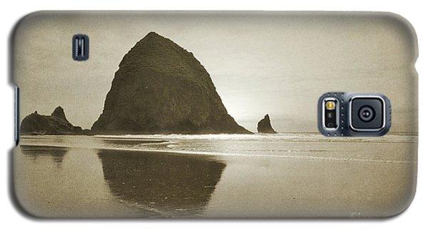 Oregon Haystack Rock Beach Rustic Landscape Galaxy S5 Case by Andrea Hazel Ihlefeld