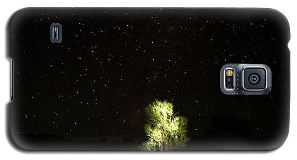 Galaxy S5 Case featuring the photograph Outback Light by Paul Svensen