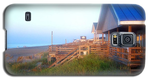 Galaxy S5 Case featuring the photograph Outerbanks Sunrise At The Beach by Sandi OReilly
