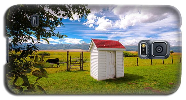 Galaxy S5 Case featuring the photograph Outhouse by Tim Reaves