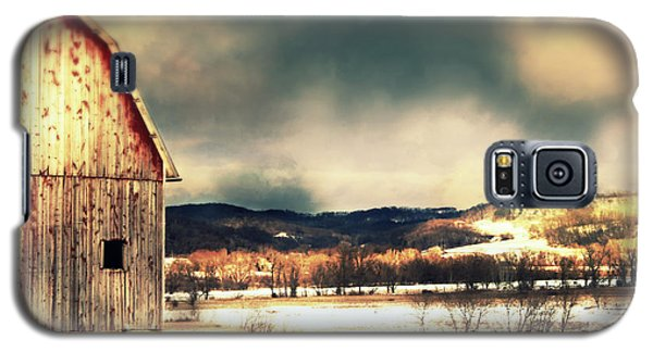 Galaxy S5 Case featuring the photograph Over Yonder by Julie Hamilton