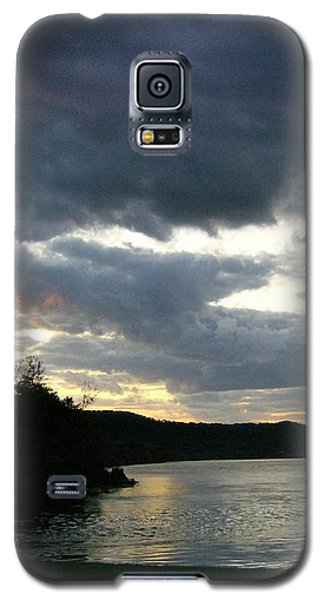 Overcast Morning Along The River Galaxy S5 Case by Skyler Tipton