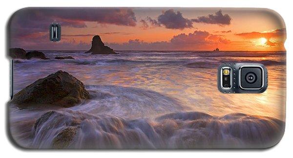 Overcome Galaxy S5 Case by Mike  Dawson