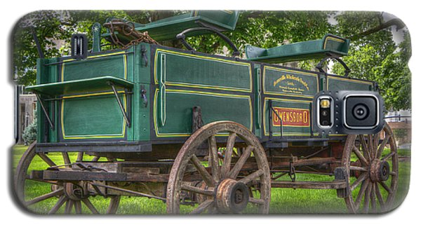 Galaxy S5 Case featuring the photograph Owensboro Wagon by Wendell Thompson