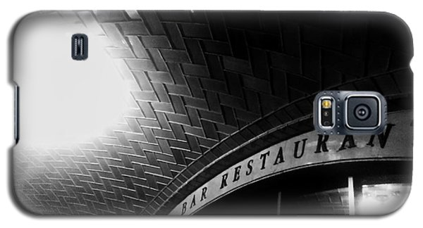 Oyster Bar At Grand Central Galaxy S5 Case by James Aiken
