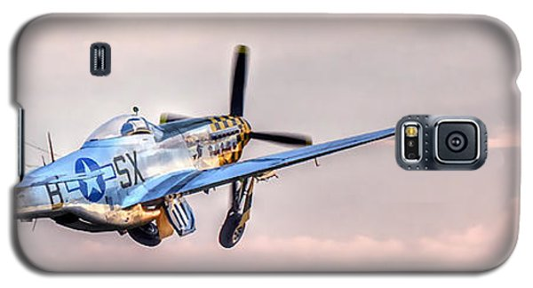P-51 Mustang Taking Off Galaxy S5 Case