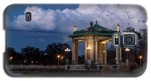 Pagoda At Sunset In Forest Park Galaxy S5 Case by Garry McMichael