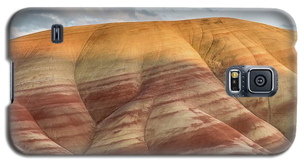 Galaxy S5 Case featuring the photograph Painted Hill At Last Light by Greg Nyquist