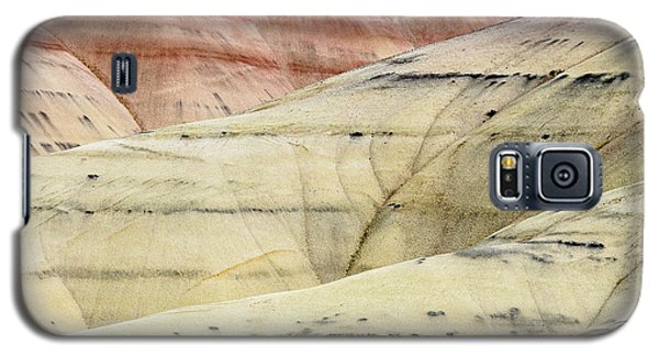 Galaxy S5 Case featuring the photograph Painted Hills Ridge by Greg Nyquist