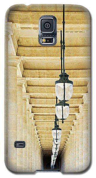 Galaxy S5 Case featuring the photograph Palais-royal Arcade - Paris, France by Melanie Alexandra Price
