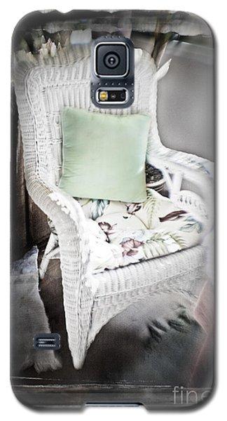 Pale Green Pillow Chair Galaxy S5 Case