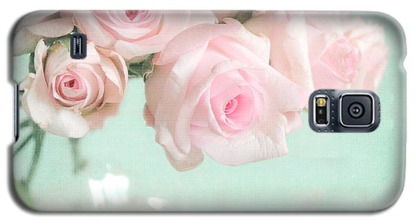Pale Pink Roses Galaxy S5 Case