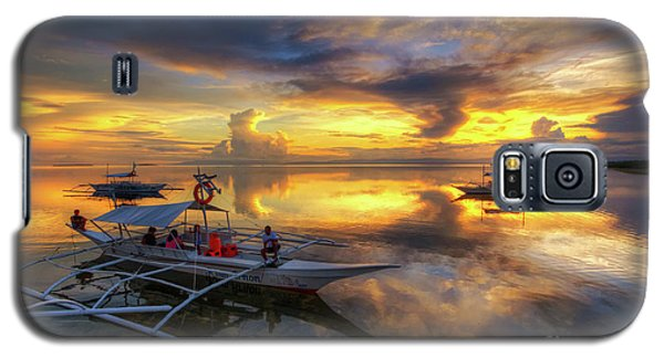 Galaxy S5 Case featuring the photograph Panglao Port Sunset 10.0 by Yhun Suarez