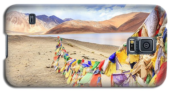 Galaxy S5 Case featuring the photograph Pangong Tso Lkae by Alexey Stiop