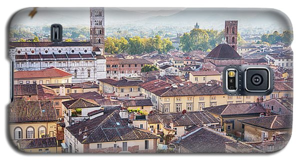 panorama of old town Lucca, Italy Galaxy S5 Case