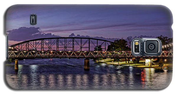 Panorama Of Waco Suspension Bridge Over The Brazos River At Twilight - Waco Central Texas Galaxy S5 Case
