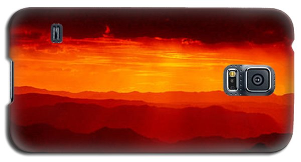 Panorama - Valley Of Fire Sunset 003 Galaxy S5 Case by George Bostian