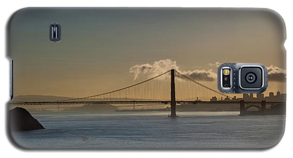 Panoramic View Of Downtown San Francisco Behind The Golden Gate  Galaxy S5 Case