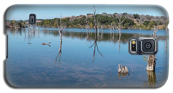 Panoramic View Of Large Lake With Grass On The Shore Galaxy S5 Case