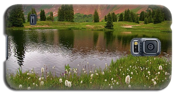 Galaxy S5 Case featuring the photograph Paradise Basin by Steve Stuller
