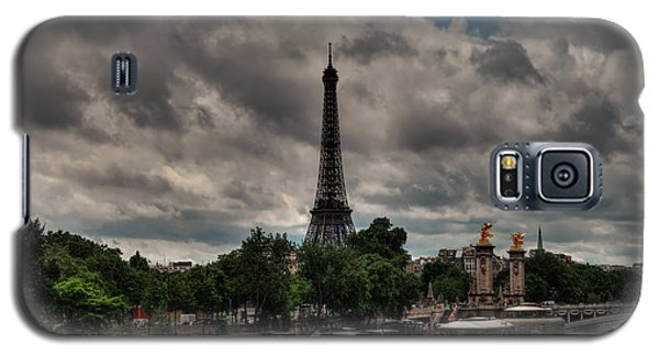 Galaxy S5 Case featuring the photograph Paris - Eiffel Tower From The Seine 001 by Lance Vaughn