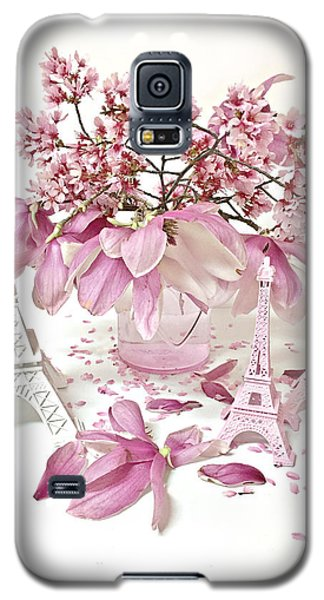 Galaxy S5 Case featuring the photograph Paris Eiffel Tower Spring Magnolia Flower Blossoms - Paris Pink White Spring Blossoms  by Kathy Fornal